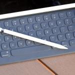 Apple заменит Caps Lock на эмодзи